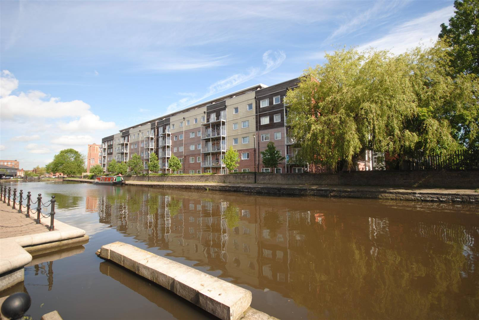 2 Bedrooms Apartment Flat for sale in Heritage Way, Wigan